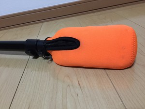 Manfrotto 560B-1 足部分をセリアのペットボトルカバーで保護